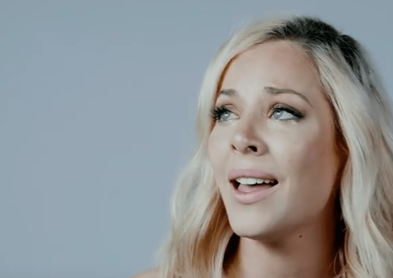 "Mackenzie Porter - ""seeing other people"""